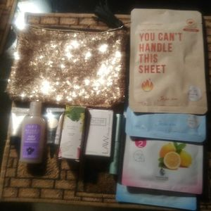 Ipsy bag but comes with more prods